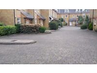 Secure car park space - 7 minutes from Richmond train station