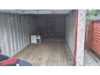 Single Garage for rent, Guiseley . 10 min walk railway station, 5 min walk to A65