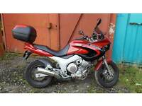 2001 yamaha tdm 850cc Low milage back box Not included