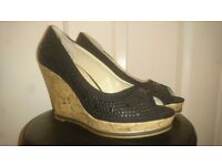 Women's high heel shoes for sale size 4