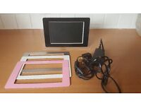 Digital Photo Frame with Changeable Fronts