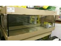 Brand new aquarium 120x50x50cm 300 liters with small chips