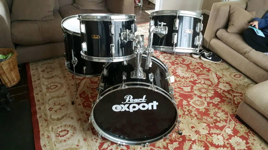 Vintage pearl export drums