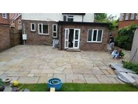 Indian sandstone circle with squaring off kit