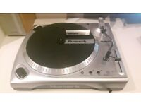 Newmark TTUSB Turntable / record player