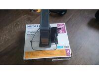 2x Netgear WNR2000 wireless routers