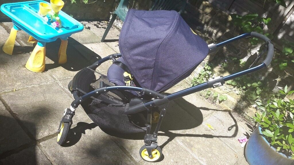 Bugaboo Bee Plus with Bugaboo Cocoon Foot muff and Breezy summer sun canopy . & Bugaboo Bee Plus with Bugaboo Cocoon Foot muff and Breezy summer ...