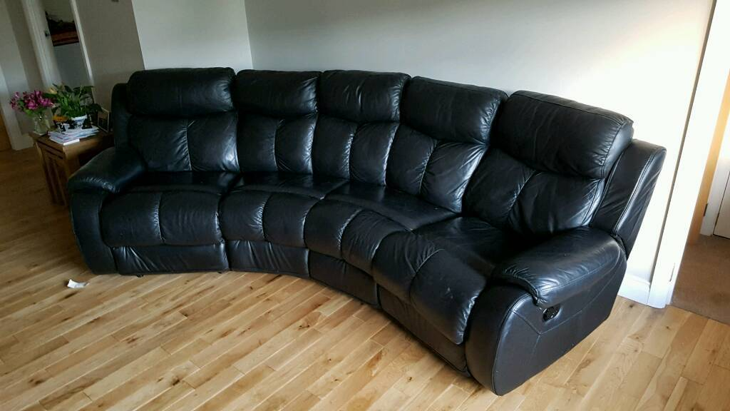 Amazing DFS Daytona 4 Seater Curved Leather Recliner Sofa