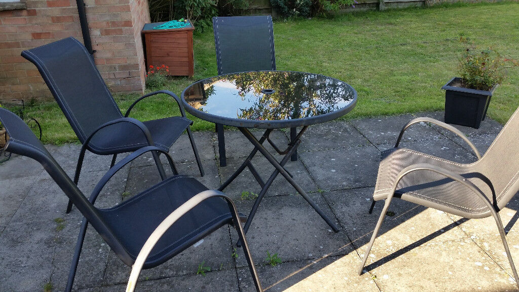 Beau Large Garden Table And 4 Chairs