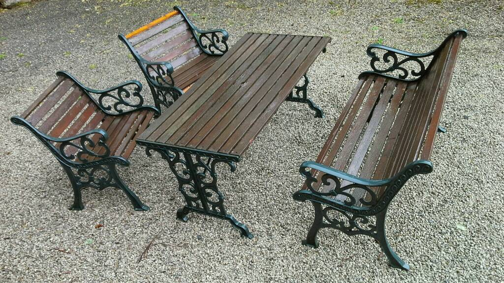 Cast Iron Garden Furniture Set