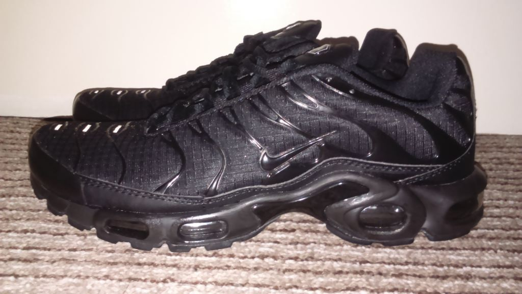 mens nike tn trainers