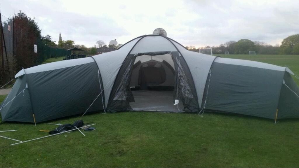 Cambella pro action 12 man tent & Cambella pro action 12 man tent | in Gorton Manchester | Gumtree