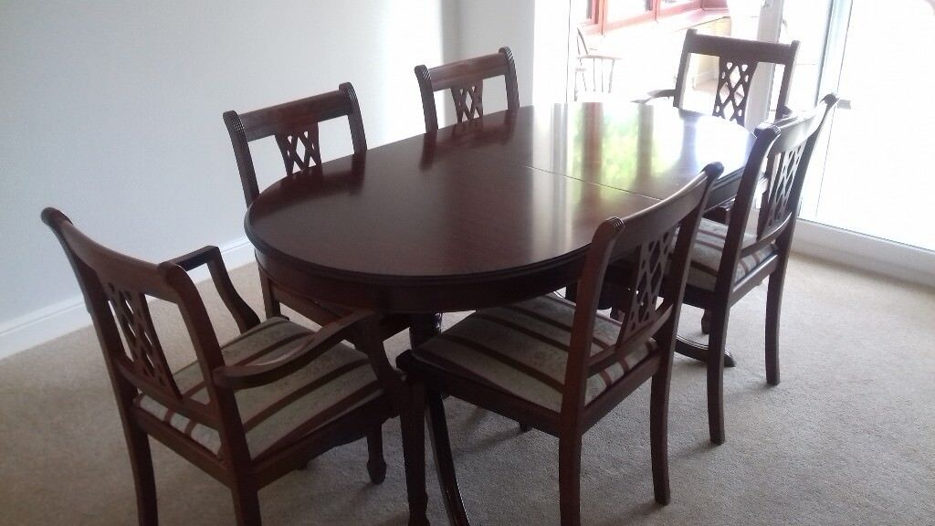 Delightful Morris Of Glasgow Dining Table And Six Chairs.