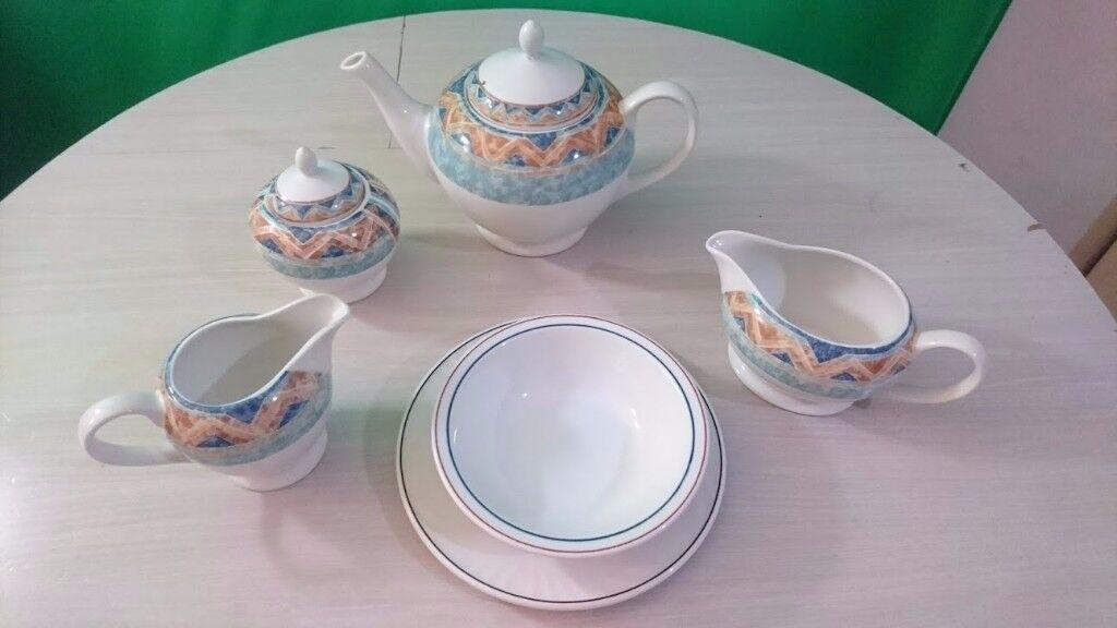 Churchill - ports of call - Jeff Banks - Kabul tea service teapot gravy jug & Churchill - ports of call - Jeff Banks - Kabul tea service teapot ...