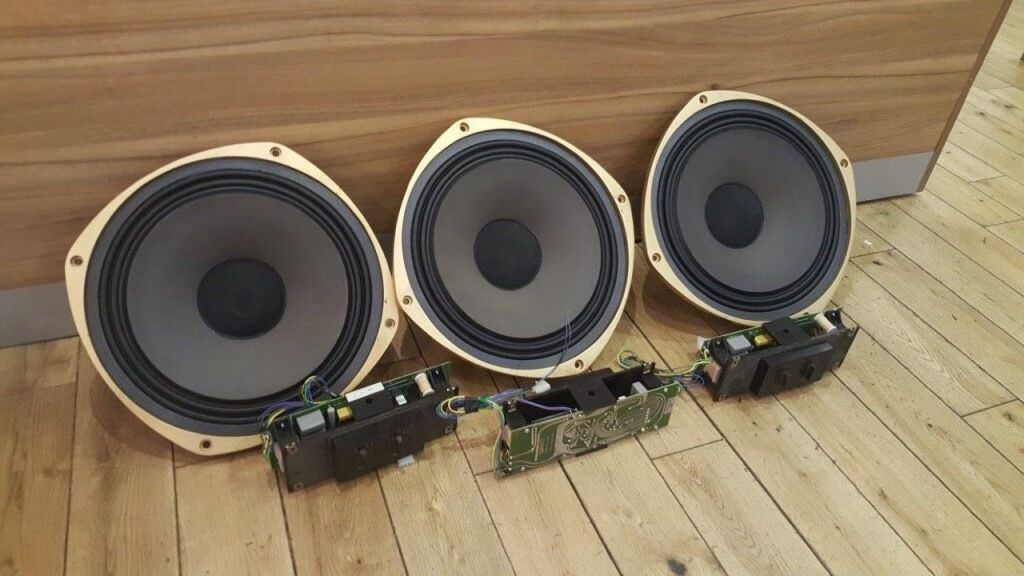 Tannoy 15 Inch Dual Concentric With Crossovers. Lockwood Academy Cabinets.