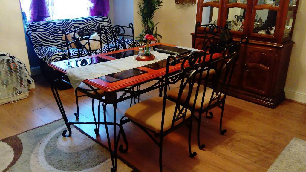 dining table 6 seater with dressing displays cabinet