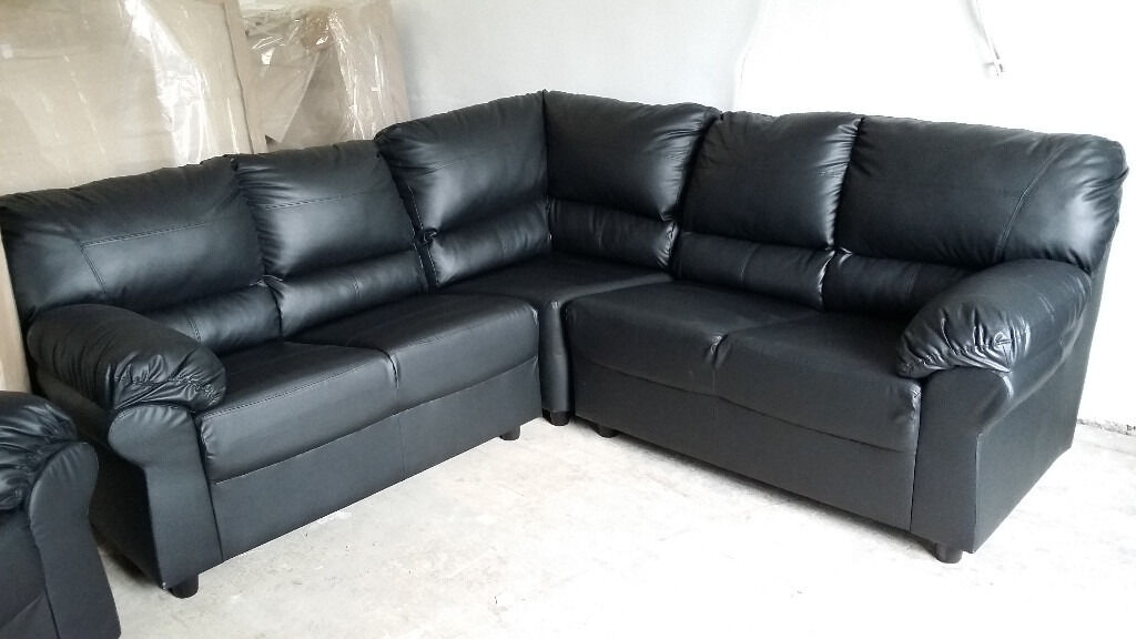 Brand NEW Corner Sofas Black/ Brown Leather Suits DELIVERY AVAILABLE