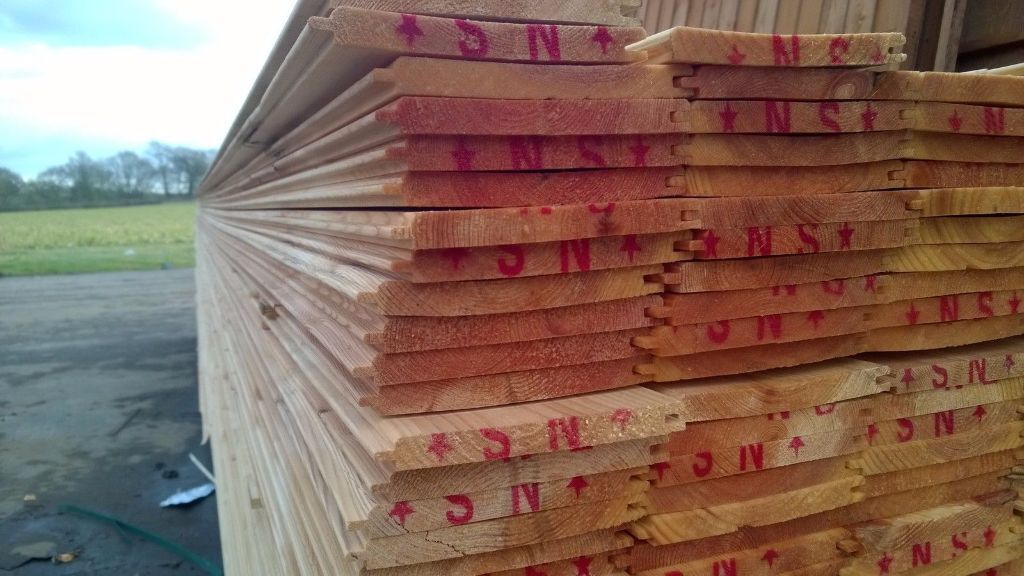 1 per metre tongue and groove a grade timber cladding flooring boards