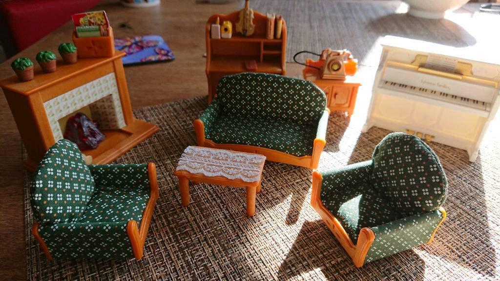 Sylvanian Families Living Room And Bedroom Set