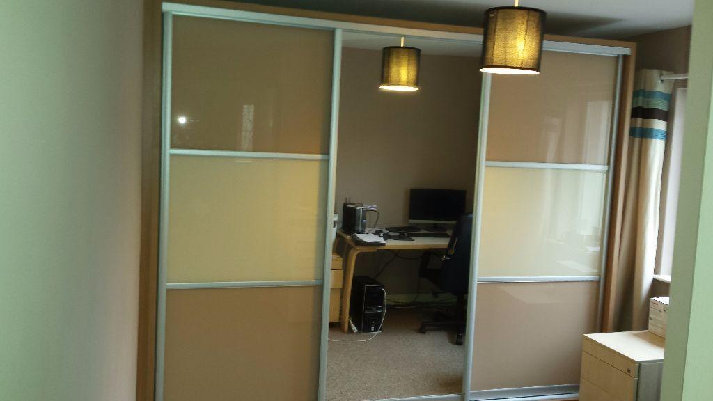 huge selection of 473e3 48d31 Sliderobes Doors Only & Monaco High Gloss White And Kaschmir ...