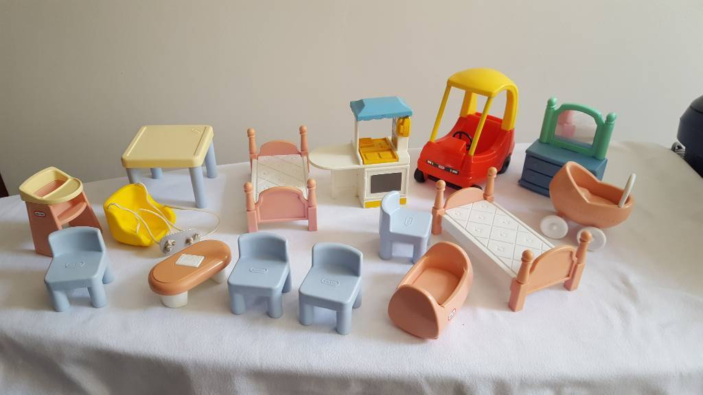 Little Tikes Dolls House Furniture