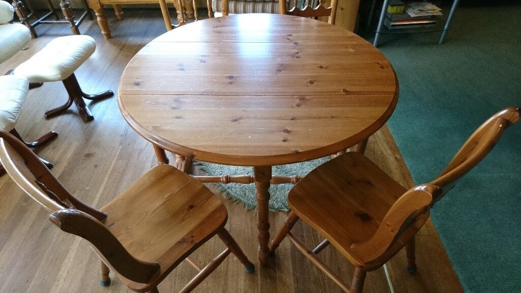 Merveilleux Folding Pine Table And 4 Chairs