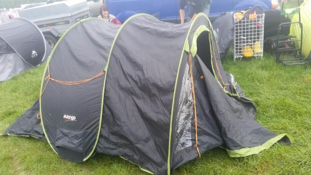 Vango Pop 300 DLX Quick Pitch Pop Up Double Skin Tent - Black And Green & Vango Pop 300 DLX Quick Pitch Pop Up Double Skin Tent - Black And ...