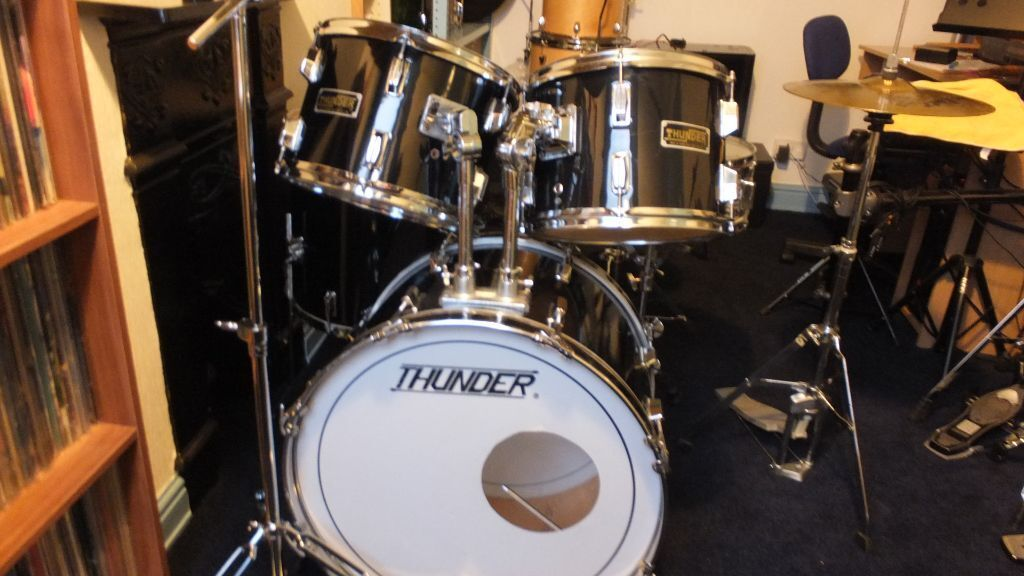 THUNDER DRUM KIT WITH STANDS CYMBALS AND STOOL & THUNDER DRUM KIT WITH STANDS CYMBALS AND STOOL | in Stafford ... islam-shia.org