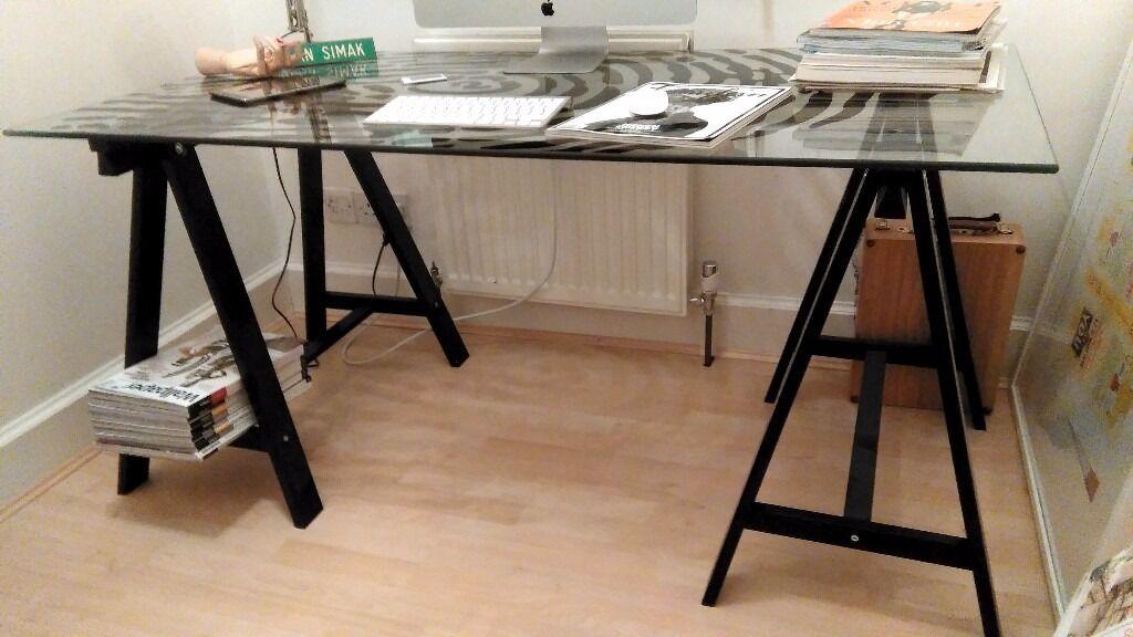 Etonnant IKEA Glass Table/ Desk GLASHOLM/ODDVALD Glass/fingerprint Pattern Black
