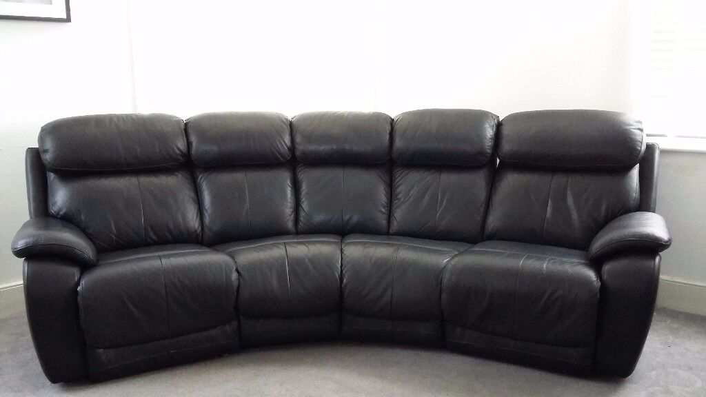 Daytona 4 Seater Curved Manual Double Recliner Sofa In Black Leather