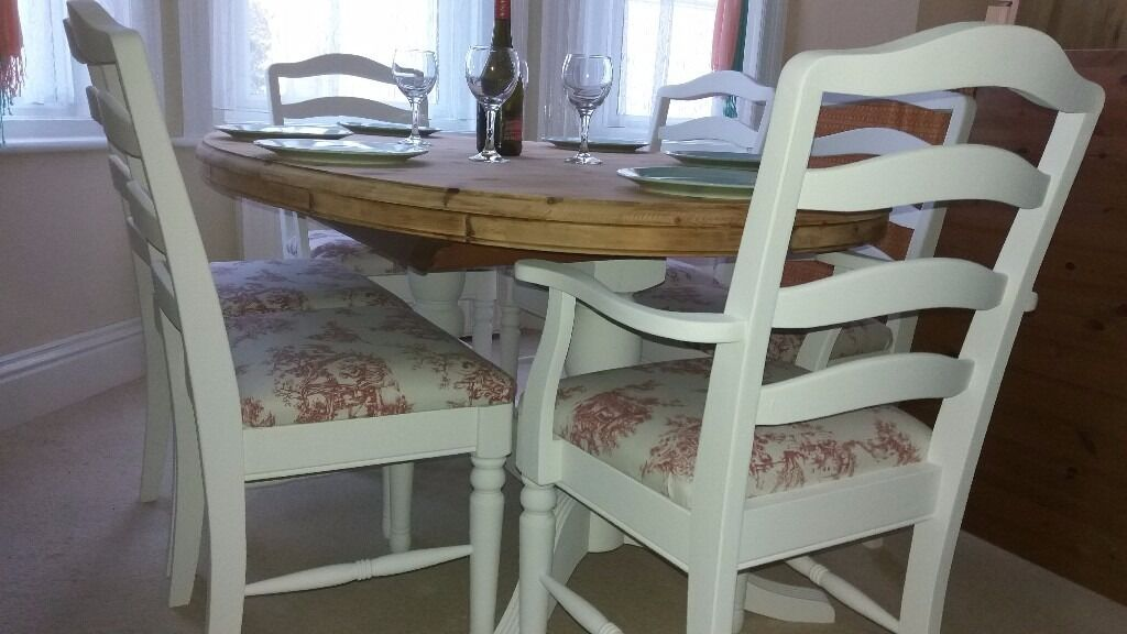 Stunning Oval Pine Extending Dining Table U0026 Six Chairs (4 Chairs 2 Carvers)
