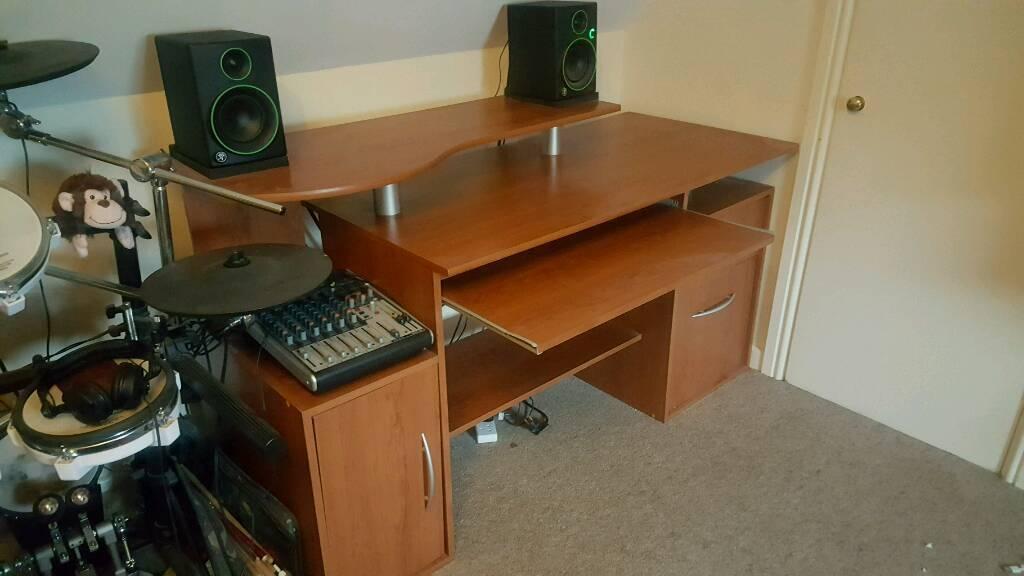 home office music producer desk