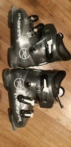 Youth Rossignol ski boots 21.5