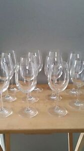 REDUCED---Wine glasses -- Like-new --- Yorkton, SK