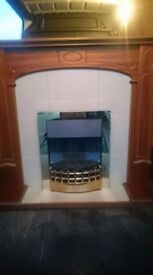 ELECTRIC FIRE WITH SURROUND NICE DESIGN WITH 3 SETTINGS IN GOOD CLEAN CONDITION CAN DELIVERY