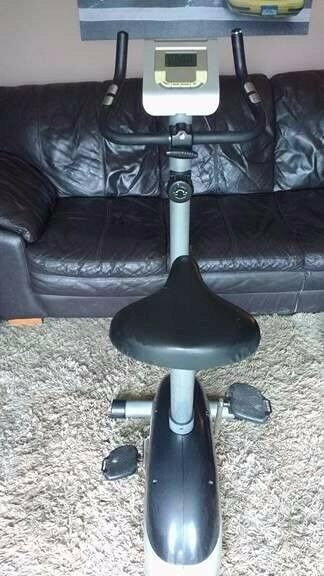 MARCY MAGNETIC EXERCISE BIKE