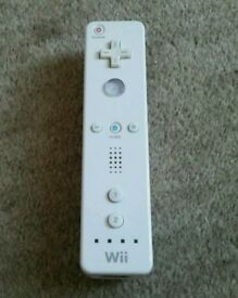 Genuine Nintendo White Wii Remote Wiimote Controller