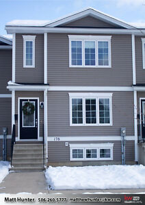 Lovely Townhouse With Snow Removal and Lawn Care Provided