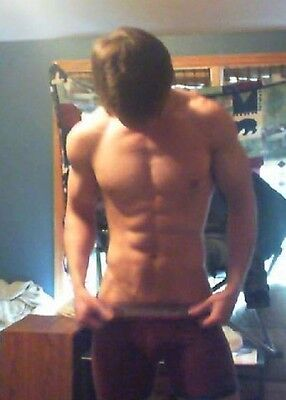 Shirtless Male Muscular Frat Guy Jock Shaggy Hair Ripped Abs PHOTO 4X6 C1452