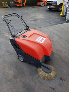 Powerboss Collector 34 - Sweeper
