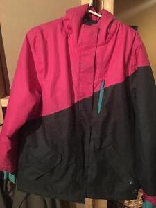 Manteau d'hiver pour fille ou femme. Aubaine de fin de saison