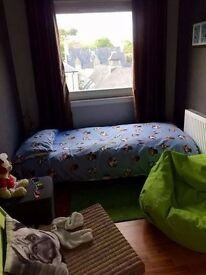 Small double room in Duddingston mills
