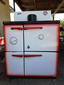 CROWN Slow Combustion Cooker/Stove - Located in HUGHENDEN Qld Hughenden Central West Area Preview