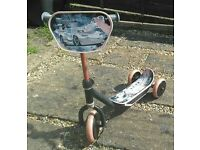 Disney Pixar Cars Tri-Scooter