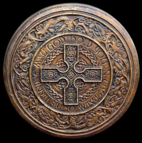 Celtic Irish Round Cross Decorative Backsplash Relief Tile in Bronze Finish
