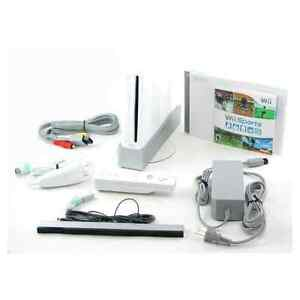 Nintendo Wii Station, Wii Fit Board and games