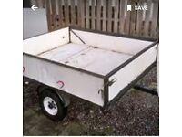 White 4x4 trailer
