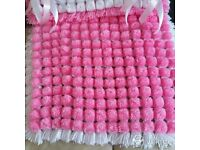Pompom blankets and knitwear