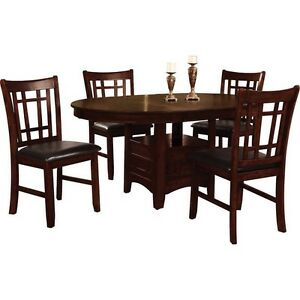 Nearly New Table and 4 Chairs.