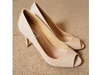 Beautiful champagne Dune London heels (size 4)